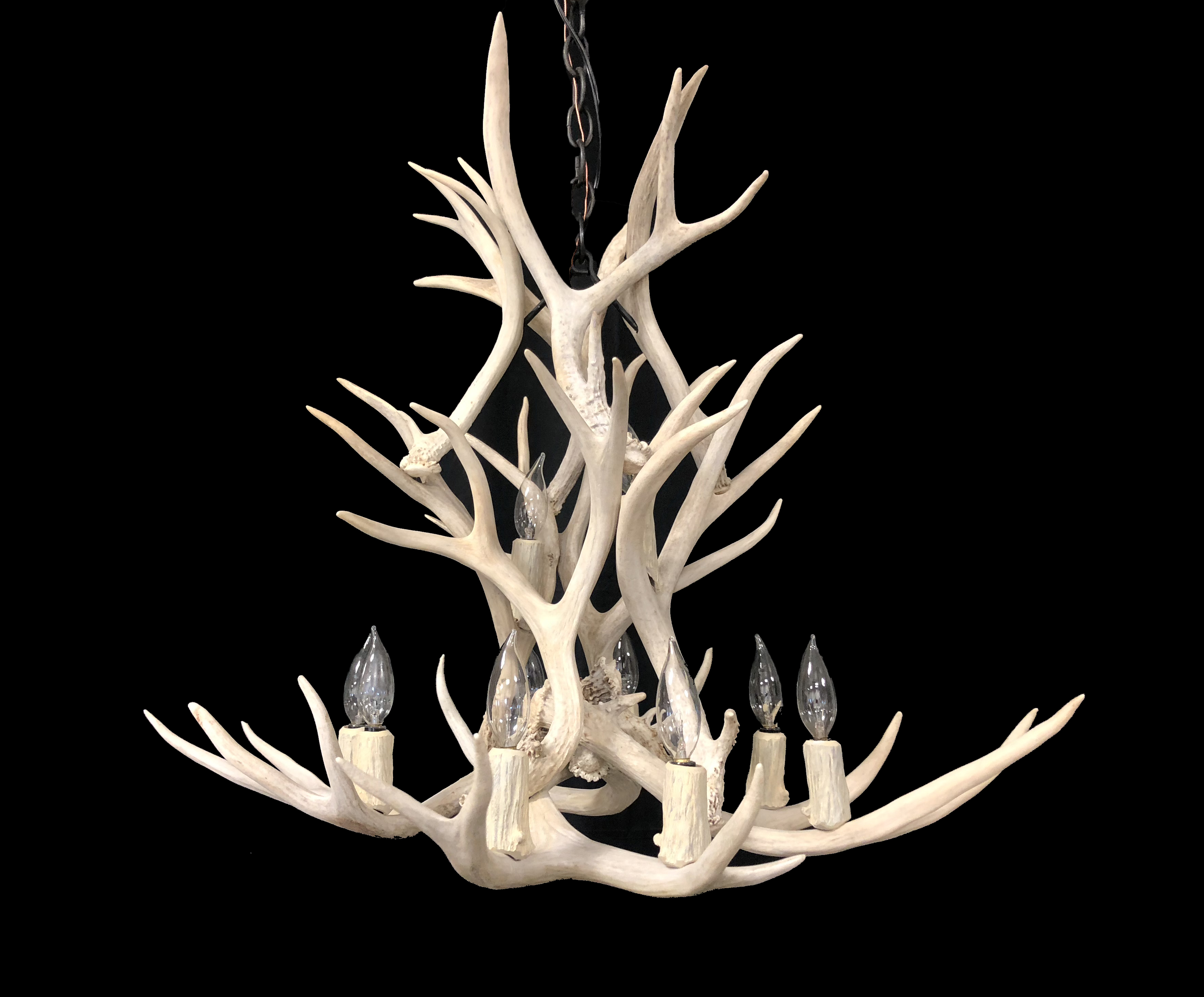 real antler chandelier round at antler chandeliers lighting company each real chandelier is custom made and embodies the stately beauty of antlers chanderliers company